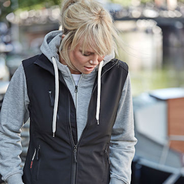 Trøjer og hoodies
